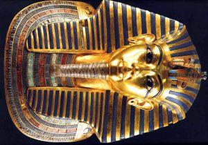 от какво е умрял Тутанкамон