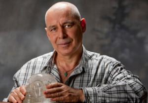 Известният наш минералотерапевт и писател Иван Митев е член на СБП