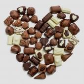 Шоколадови бонбони, бяла магия за любов