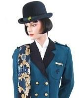 Да колекционираш униформи на стюардеси? (СНИМКИ)