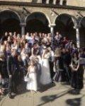 Катрин, Марко и гостите пред храма в София