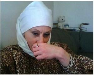 Колийн Лароуз приема исляма и започва поредица от отмъстителни мероприятия