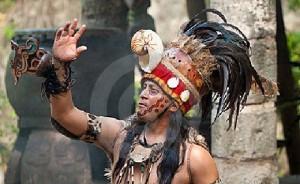 Ритуални танци по случай края на ерата в Мексико