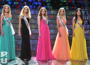 """""""Мис Русия -2013"""" момент от финала"""