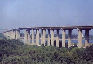 Аспаруховият мост
