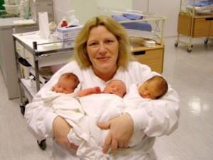 Карол с тризнаците