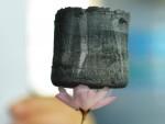 Аерогелът е най-лекият материал на планетата
