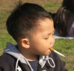 3-годишно момченце - закоравял пушач