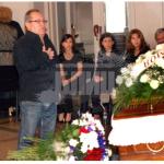 Жоро Мамалев пред саркофага
