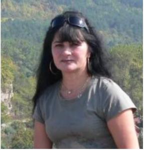 Това е ясновидката Дора Пенева, направила прогнозите за България