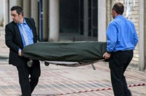 Две самоубийства потресоха цяла България