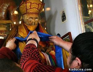 Какво е посланието на Хамбо лама Итигелов?