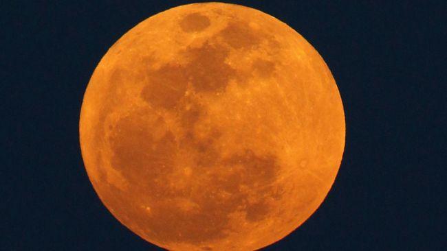 Ето какво ни вещае Супер Луната тази нощ!