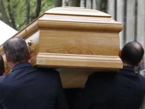 Жена възкръсна 13 дни след своето погребение