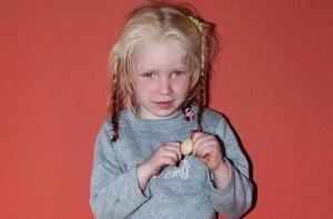 Голямо щастие ще изживее малката кукла Мария