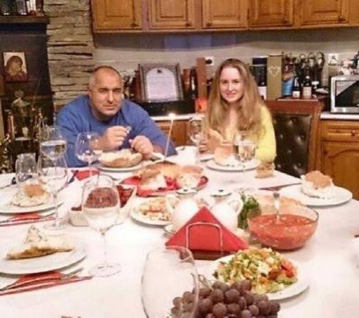 Дъщерята на Бойко Борисов показа своя годеник. Ще има и сватба  (СНИМКИ)