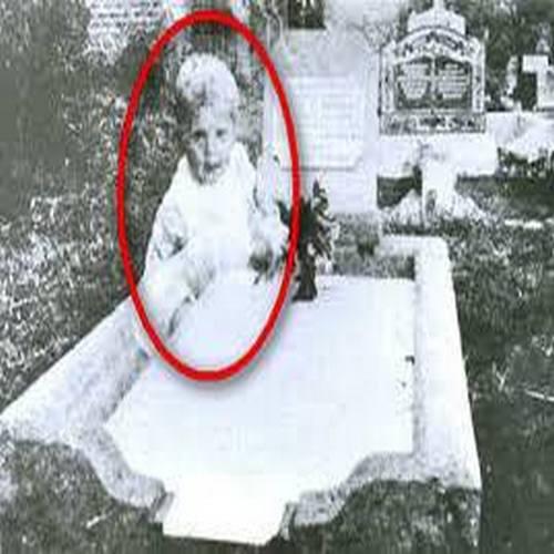 Призраци мистериозно се появяват на снимки (СНИМКИ) Призрак Фильм 1990