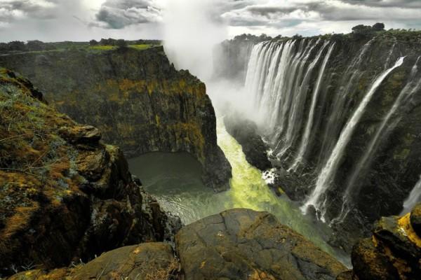 Виктория е сред най-магнетичните водопади в света