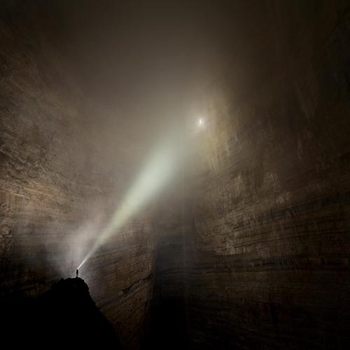 Откриха най-уникалната пещера в света