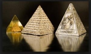 как се прави пирамида