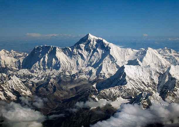Любопитни факти за мистичния връх Еверест