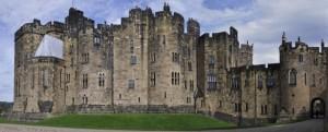 Замъкът Алнуик е един от най-внушителните замъци в Англия