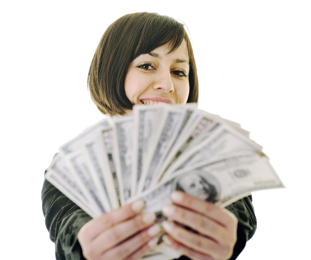 Как да използваме Закона за привличането, за да подобрим финансовото си положение