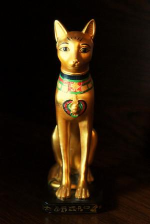 Мистичната египетска котка е била не само домашен любимец, но и свещено животно