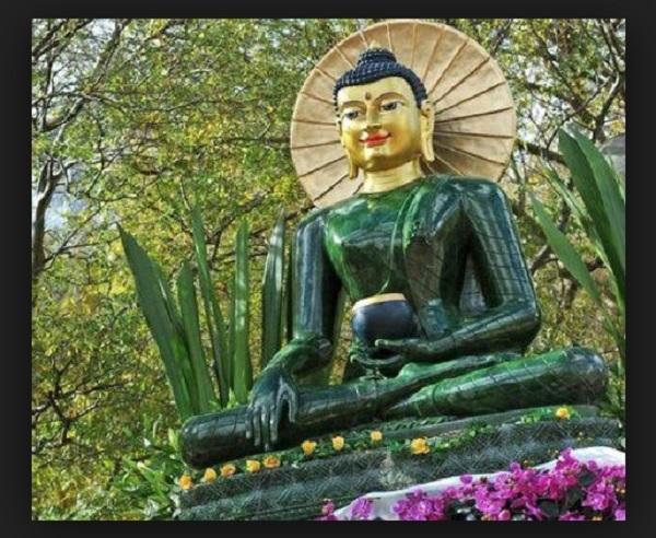 Защо китайците почитат нефрита като свещен камък