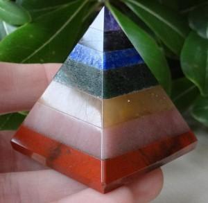 Лечебните пирамиди ни помагат да се свържем с енергийното поле, което ни заобикаля