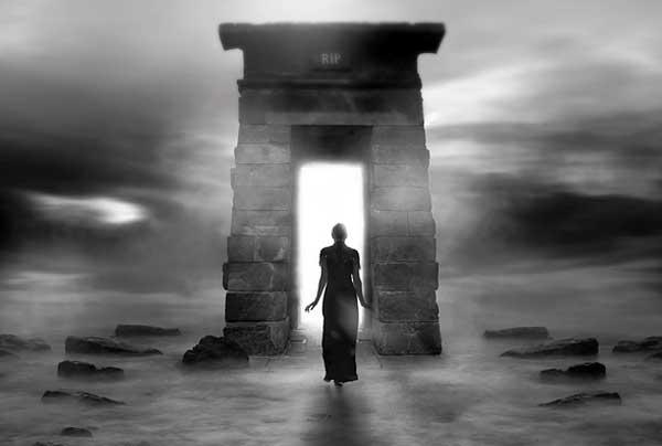 Съществува ли задгробен живот  – живот след смъртта или смърт приживе