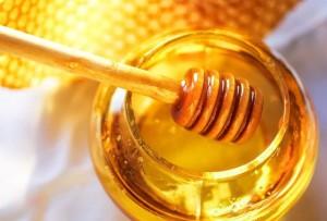 Лечебната сила на меда е била позната още в Древна Гърция.
