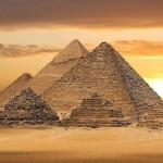 Пирамидите в Гиза са загадка, която интригува учените от столетия