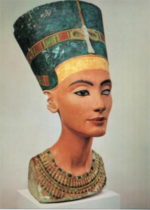 Дъщерята на Бога, както още била наричана Нефертити е имала безпрецедентна власт
