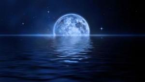 Възможно комети да са донесли водата на Луната