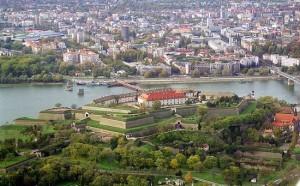 САЩ създават нова държава на Балканите – снимка на Нови Сад, главен град на Войводина