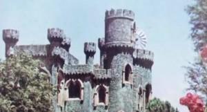 Потънал град-призрак, който прекарал четвърт век под водата се появи отново