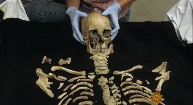 ДНК на древен скелет разкрива диетата на човека в миналото