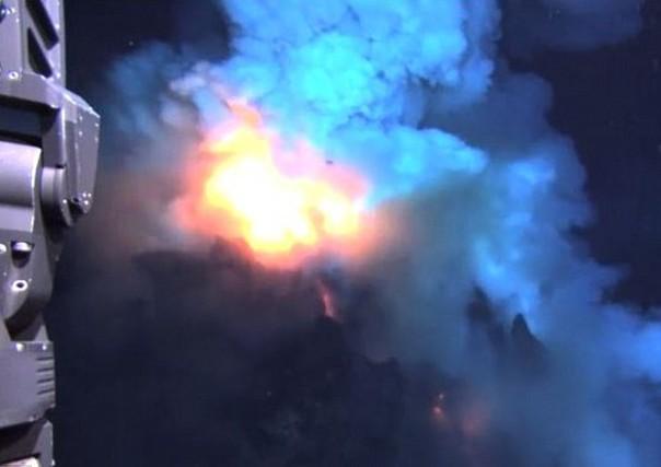 Заснеха подводен вулкан – едно от най-жестоките събития на Земята