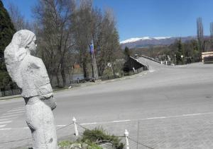 мостът над река Струма