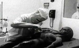 Аутопсия на извънземно, открито край Розуел