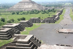 Открити са нови древни артефакти в Теотиуакан
