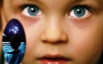 Цялата мъдрост на уникалните кристални деца е събрана в очите им
