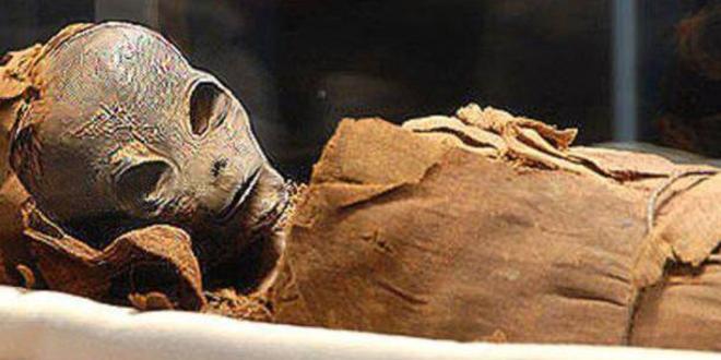 """Извънземен """"бог"""" открит от КГБ в Египет?"""