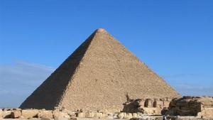 Хеопсовата пирамида има перфектна конструкция