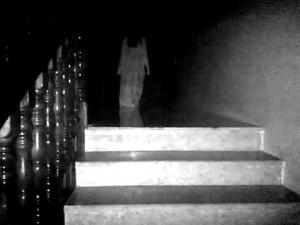 Уикипедия на френски и английски + White Lady (ghost)?