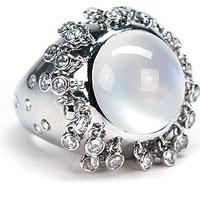 пръстен с лунен камък