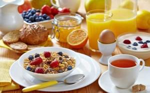 Протеинови храни се препоръчват за закуска