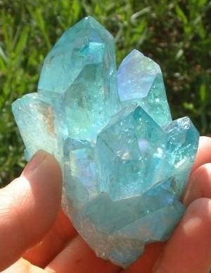 Аквамарин - камъкът с лечебни свойства