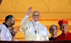 Папа Франциск е анатемосан, отстъпник от вярата и слуга на антихриста.